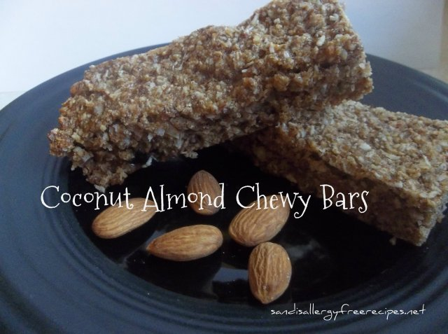 Chewy Almond Granola Bars